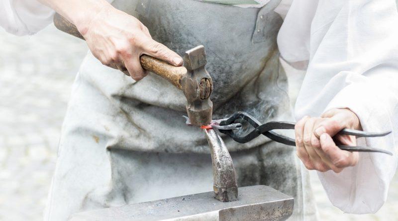 Hutní materiál jako základ strojírenství