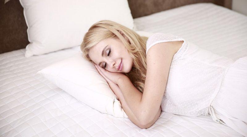 4 kroky, jak uklidnit mysl před spánkem