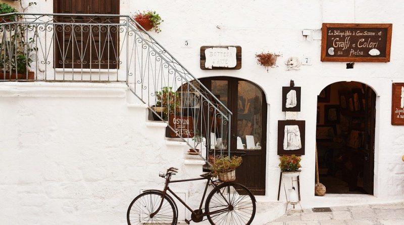 Jak vybrat přístřešky na kolo. I na cestách může být kolo chráněno